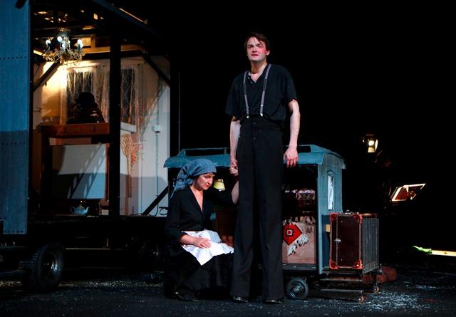 Volkstheater - Der Riese vom Steinfeld